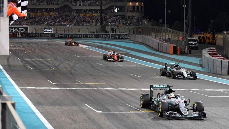 Hamilton, Rosberg et les autres à l'arrivée du Grand prix d'Abou Dabi