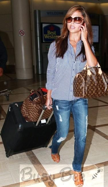 Vanessa Minnillo Lachey wearing  Louis Vuitton Damier Canvas Hampstead Gm Bag Tom Ford Raquel sunglasses Louis Vuitton Monogram Speedy bag Dylan George Lucy Zip  At LAX Airport September 13 2009