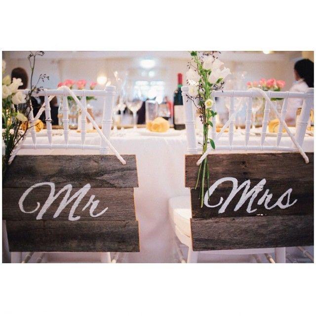 #willowandvine #wedding #reception #rustic #mrchairsign #mrschairsign #mrandmrs #handmade #unique