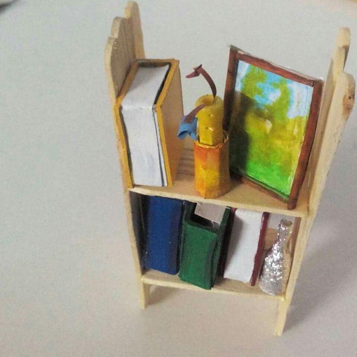 #Miniature_bookshelf ❤ And hidden messages :')