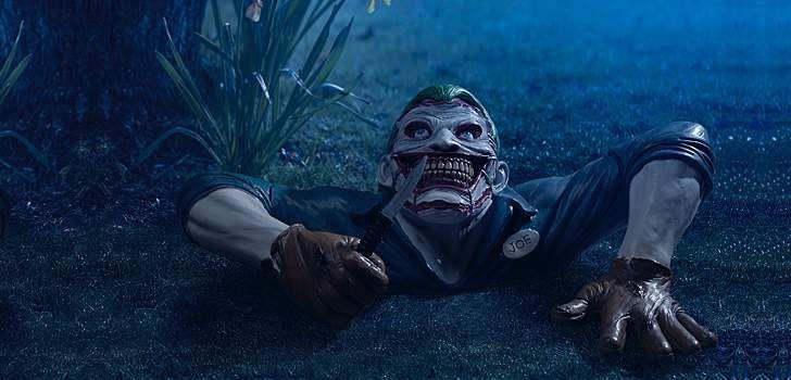 """A empresa Think Geek criou um produto inovador para os nerds desse mundão: o """"Joker Ground Breaker.""""  O """"Joker Ground Breaker (Coringa que sai do chão)"""" mostra o personagem da DC Comics rastejando para fora do gramado como no arco do Batman dos Novos 52, Morte da Família, escrito por Scott Snyder, com a …"""