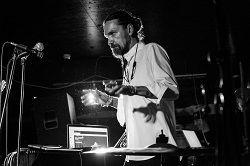 27 июня в группа Hermes'Brothers даст первый сольный концерт в Санкт Петербурге. В свой родной город Гермес привезет уже полюбившуюся московским слушателям программу дебютного альбома «В женщинах что-то есть…». Он также презентует несколько новых песен, которые в