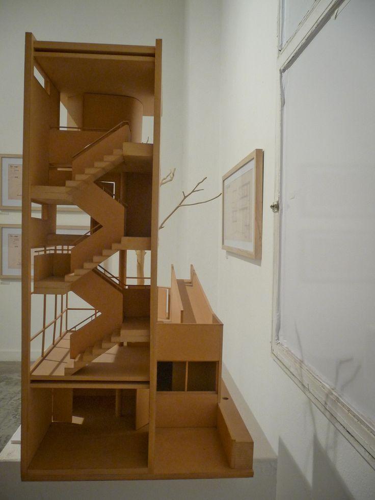 Casa Curutchet, 1949, La Plata - Buenos Aires Arq. Le Corbusier Taller Grinberg - FADU - UBA Arquitectura y Maqueta Estudio de Circulaciones  Escala: 1:20 Curso 2001