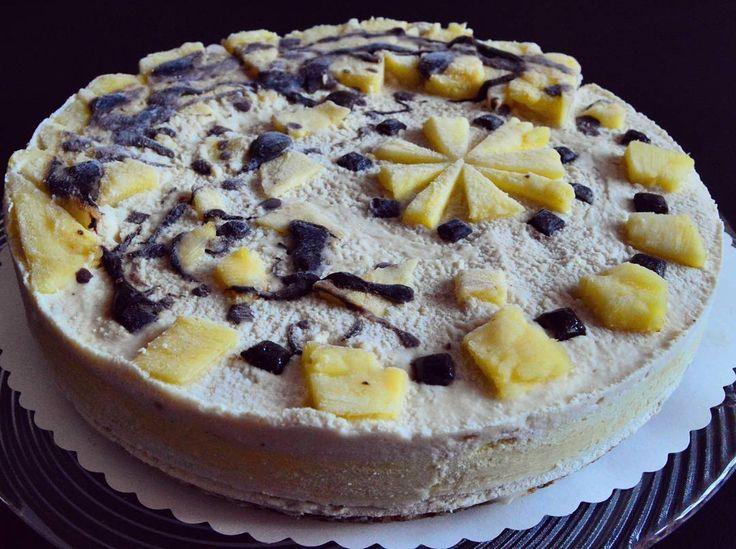 Raw pineapple cake