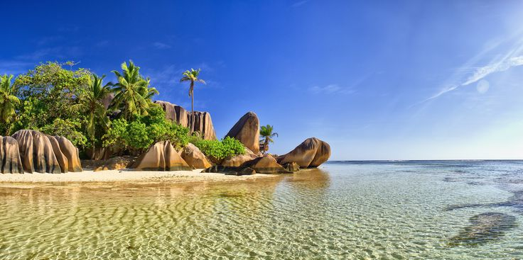 Seychelles Relax on the endless beautiful beaches