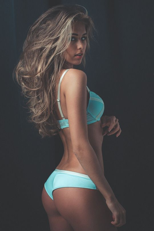 145 Best Images About Sexy Ladies Style Not Porn On Pinterest  Miss Honey, Sexy And Kate Upton-1976