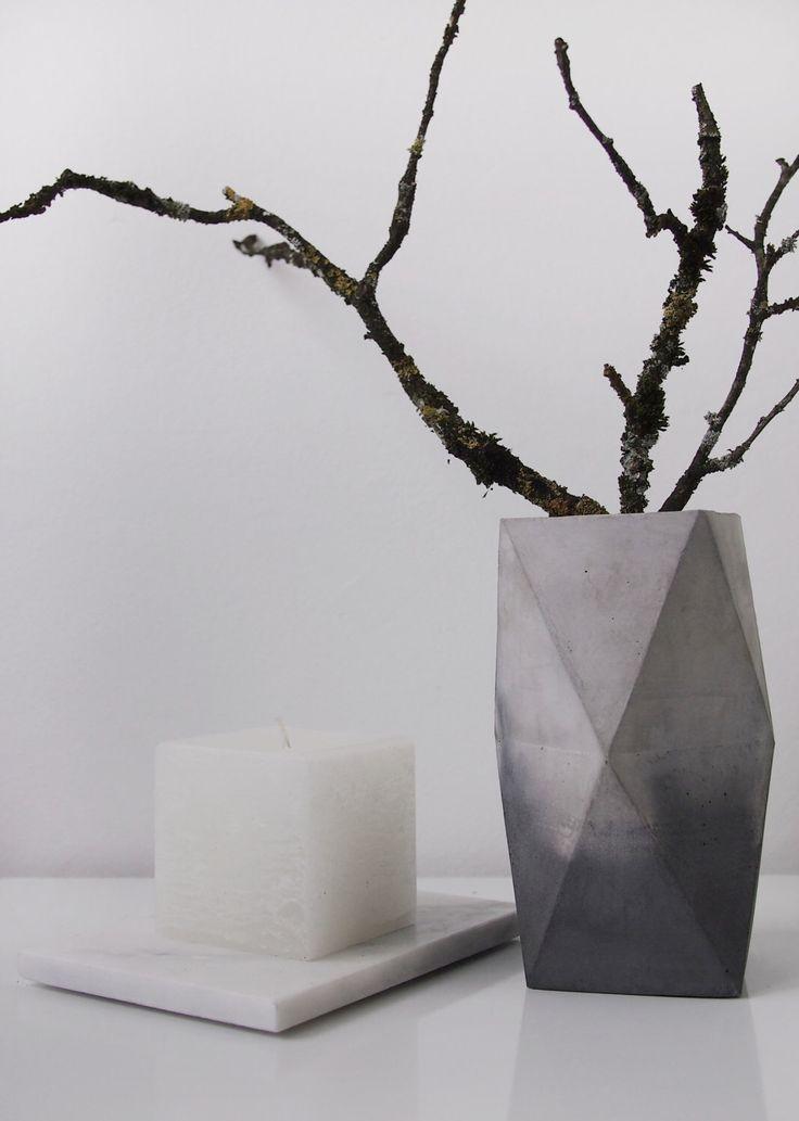 Marbled Concrete Geometric Minimalist Vase, geometrical marbled concrete vase by frauklarer on Etsy https://www.etsy.com/listing/196722159/marbled-concrete-geometric-minimalist