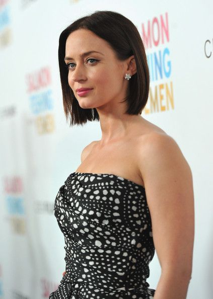 emily blunt bob hairstyle brunette hair