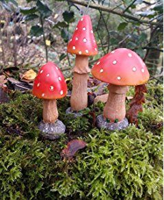Mushroom set of 3 Garden Ornaments Realistic Toadstools Ideal for Outdoor Fairy Gardens