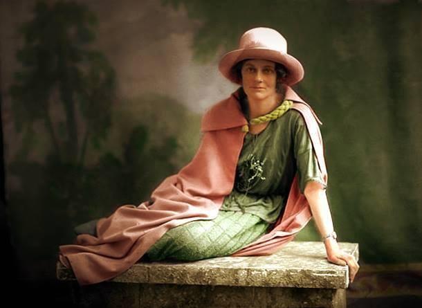 "Colour studio portrait 1916  Lissadell Collection ""Constance Georgina Countess Markievicz #CountessMarkievicz #Ireland #CumannnamBann"""