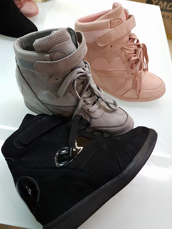 Νεο!!!sneakers με εσωτερικη φιαπα δερματινο  σε μαυρο.γκρι και ροζ απο 36-41 Τιμη 35ε το ζευγαρι #fashionista #storiesforqueens #handmadecollection #handmade #fashion #μοδα