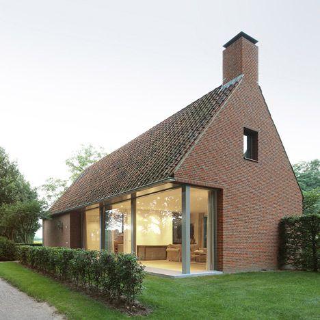Modern brick homes designs