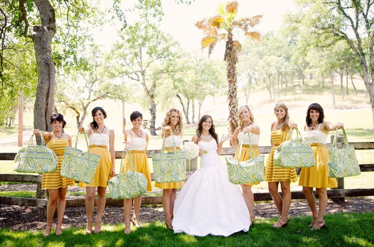 Vera Bradley wedding and yes sporting the green and gold :)  #SicEm: Colors Patterns, Vera Bradley, Gifts Bags, Best Bridesmaid Gifts, Bradley Gifts, Bradley Bridesmaid, Wedding Bridesmaid Gifts, Bridal Parties, Bridesmaid Central