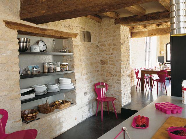 neon pink accents in kitchen