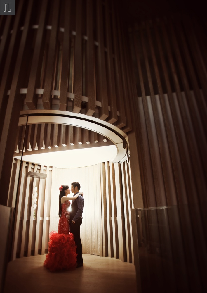 Enchanted to You #prewedding #photo #portrait #red #nuance #theme #inspiration