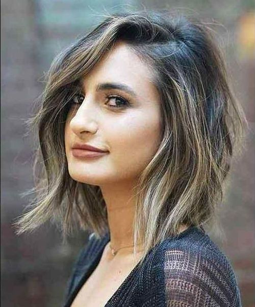 Latest Hairstyles Are The Trendy And New Hair Style Of Current Year