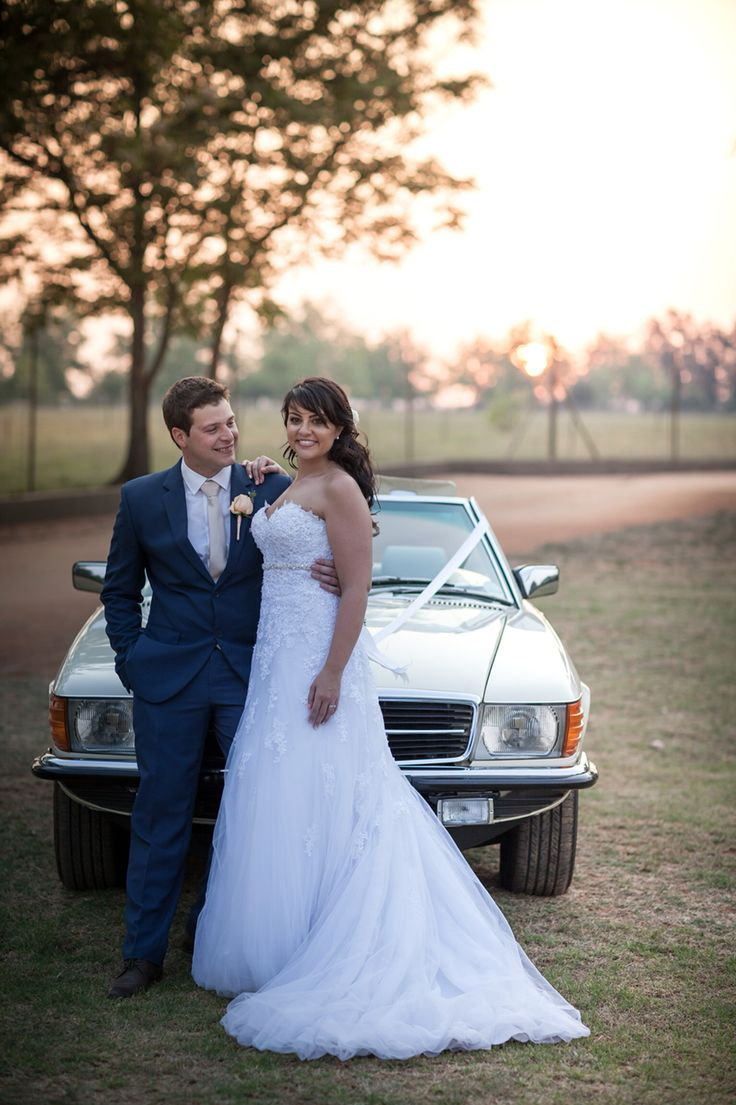 We do!! Our perfect wedding day at Memoire wedding venue Mulderdrift. Sunset