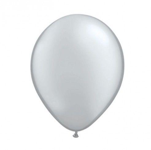 Set van 5 zilveren ballonnen in metaalkleur. Deze zilveren ballonnen kan je niet alleen gebruiken op een zilveren jubileum, een huwelijksfeest maar ook op een stijlvol feestje.