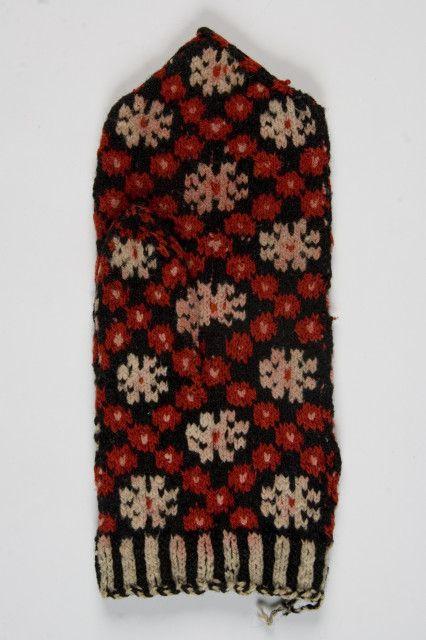 Old Estonian mitten pattern