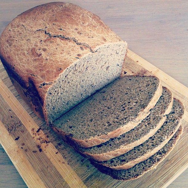 [GV] Glutenvrij brood voor in de broodbakmachine, van teff- en havermeel
