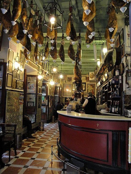 Las Teresas (bar in Sevilla) - one of oldest tapas bars in Spain
