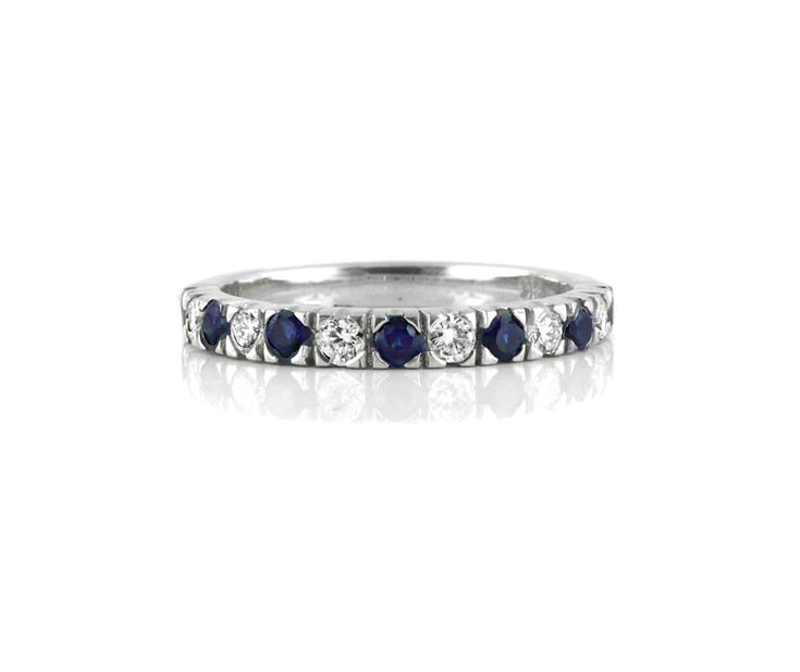 An 18ct White Gold, Diamond and Sapphire Ring