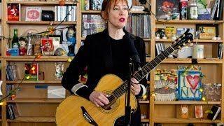 Suzanne Vega: NPR Music Tiny Desk Concert - YouTube