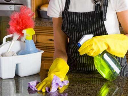 Justiça do Trabalho reconhece fraude em contratação de doméstica  A trabalhadora pediu o reconhecimento do vínculo doméstico alegando que trabalhava de segunda a sexta-feira em uma casa, com horário fixo, salário mensal, não se tratando de autônoma.  Leia Mais no Consultor Trabalhista: http://consultortrabalhista.com/noticias/justica-do-trabalho-reconhece-fraude-em-contratacao-de-domestica/