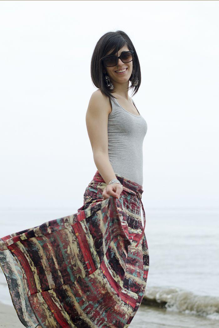 Long watercolor skirt at the sea! #lauracomolli #pursesandi #fashion #fashionblogger #style #outfit #look #longskirt #sea #beach #outfitdaspiaggia #ss2013 #mare #happiness #happy #smile #girl #cute #beauty #beautiful #alassio #longdress #nature #weloveit www.pursesandi.net