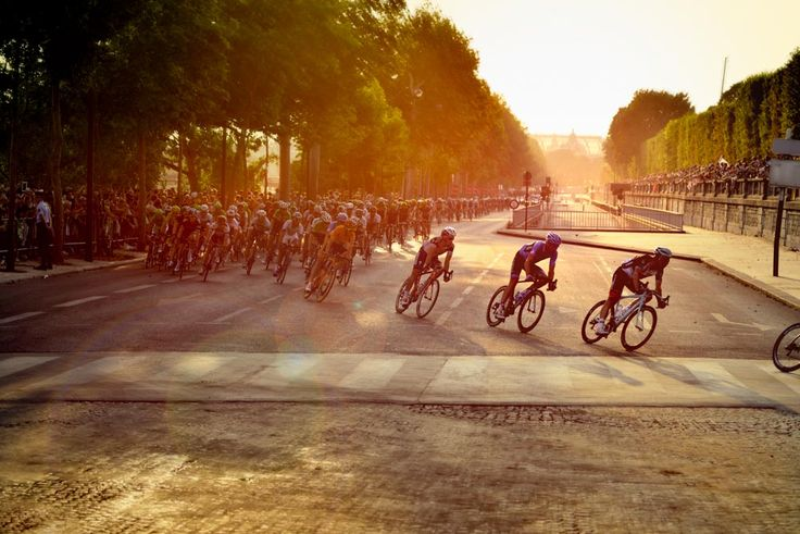 Tor De France Cycling Competition In Paris