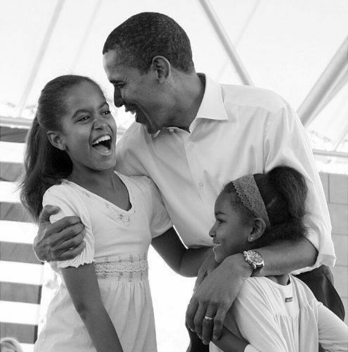 Malia & Sasha Obama With Their Father....  President Barak Obama....