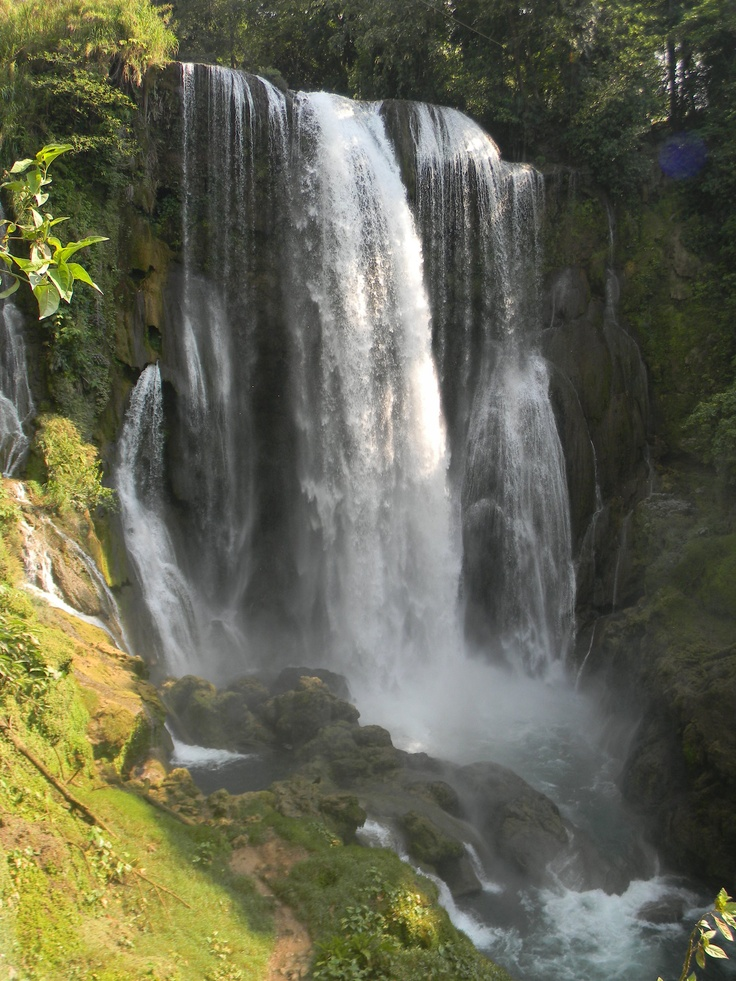 Waterfalls of Pulhapanzak, Honduras