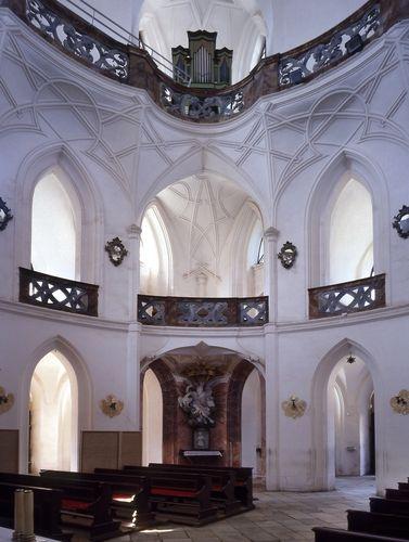 Poutní kostel sv. Jana Nepomuckého na Zelené Hoře ve Žďáru nad Sázavou