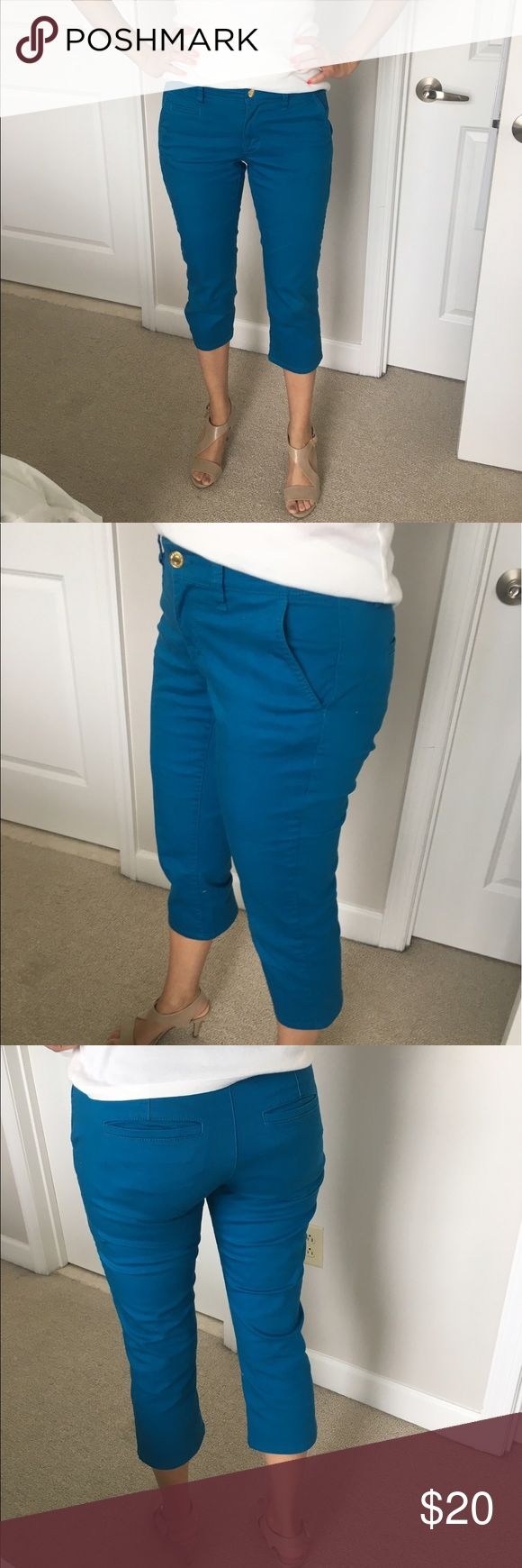 💕Fun Cropped Blue Trousers! Skinny Fit & Stylish Great condition. Stylish and beautiful! Skinny fit! Old Navy Pants