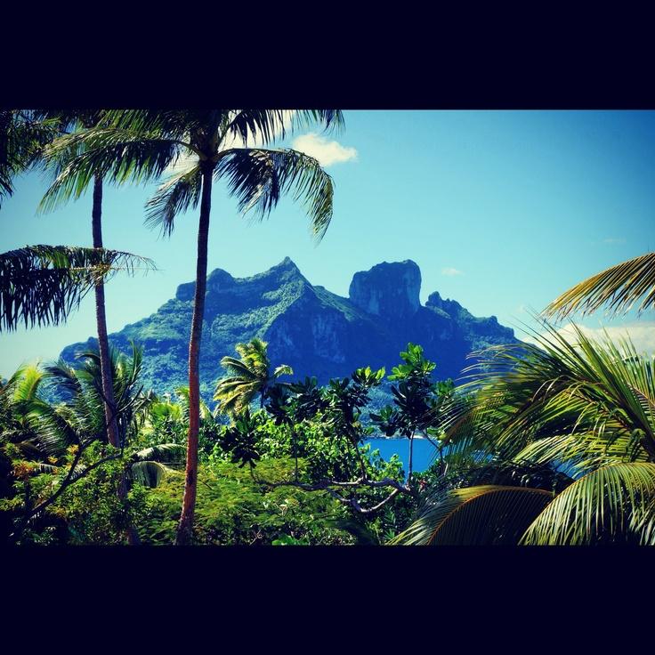 Honeymoon in Bora Bora...take me back!