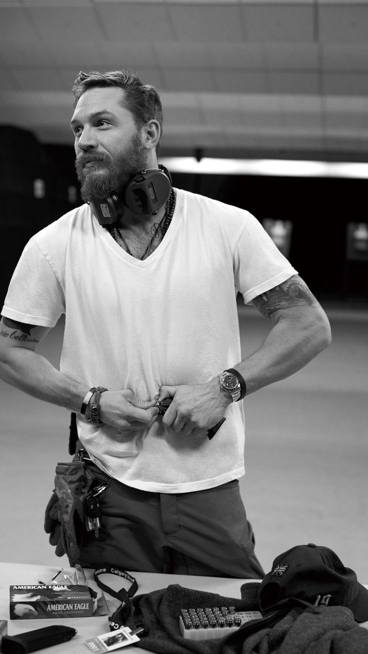 IPhone 7 Plus Tom Hardy Wallpaper