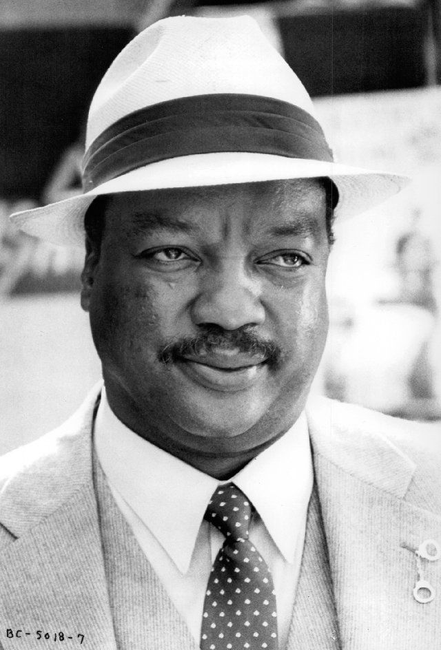 Paul Winfield (May 22, 1939 - March 7, 2004) American actor (o.a. known from The second Star Wars movie from 1982 and the series of 'Touched by an angel').