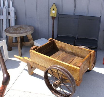 Garden Cart Newly Made From Old PartsMaybe with lid and wooden wheels for Hose handle storage