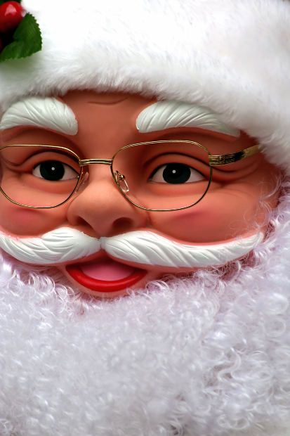 """""""Dear Santa"""" Christmas Quotes For Twitter And Facebook Status"""