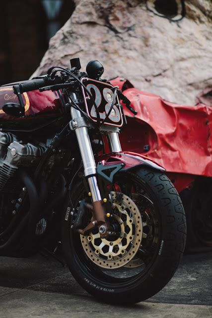 Honda CB900F Cafe Racer by Brendan #motorcycles #caferacer #motos | caferacerpasion.com