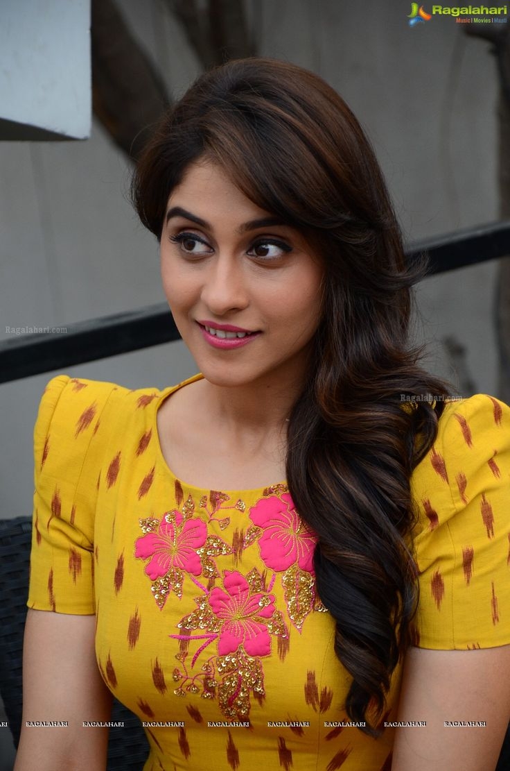 Telugu Actress Regina Cassandra Photos