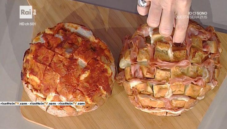 """La ricetta degli scrigni a sorpresa di Hiro Shoda del 22 novembre 2016, a """"La prova del cuoco"""". Un'idea originale per servire semplici panini imbottiti."""