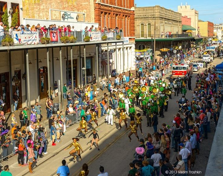 The Strand Galveston Tx Mardi Gras Texas This Is