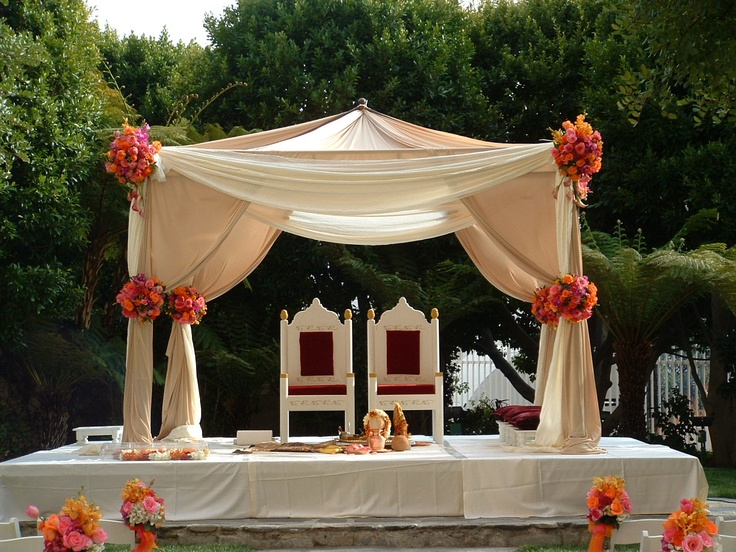 Simple Outdoor Ceremony Decorations: Outdoor Mandap Perfect For An Outdoor Wedding. Like It