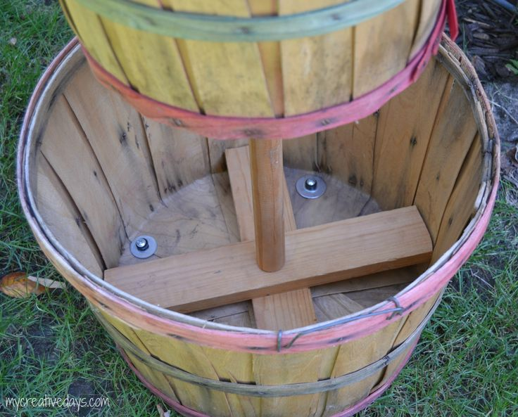 DIY Tiered Bushel Baskets mycreativedays.com