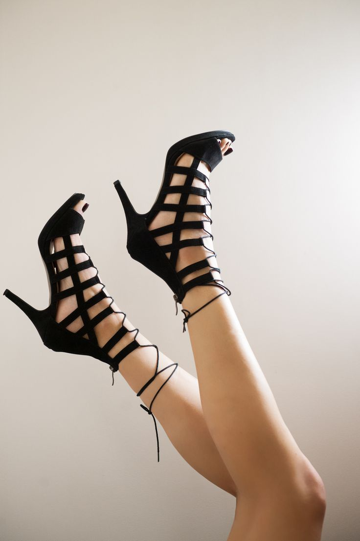 Sexy summer look with TAMARIS lace up sandal www.verona-shoes.gr