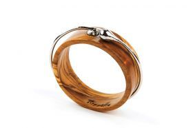 "Bracelet ""Embrace"" Bracelet made of olive wood and stainless steel forged by hand in a single piece; Not openable: it has a closed rigid structure."