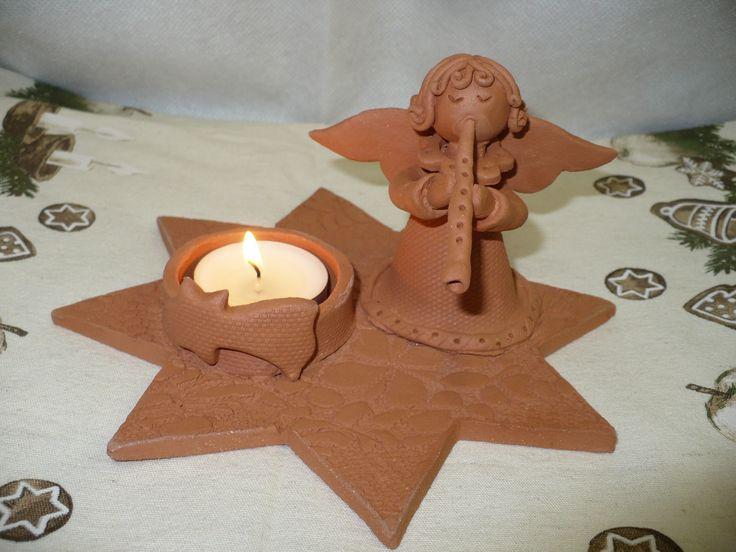 Svícen+s+andělem+terracota+Keramický+svícen+na+čajovou+svíčku z+ červené+hlíny+vykouzlí+vánoční+atmosféru+ve+vašem+domově+šířka+16cm,+výška+9cm