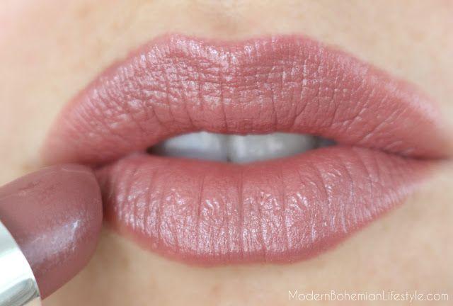 Red Apple Lipstick in Ooh la la