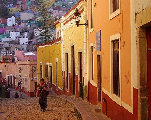 callejon-del-beso2.jpg (500×398)